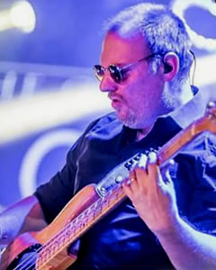 Lucio Gorno - Bass & vocals